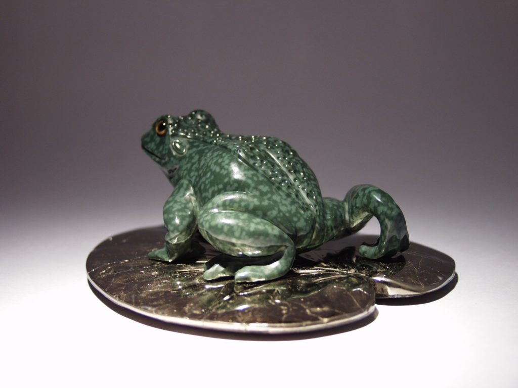 Gemstone artwork Frog by artist Dmitriy Emelyanenko