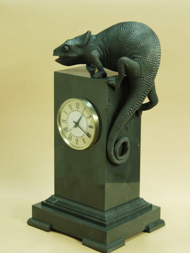 Gemstone carving work Chameleon by stone artist Dmitriy Emelyanenko