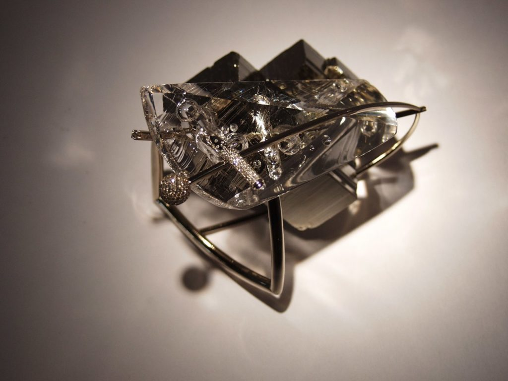 Gemstone cutting artwork Bubbles by gemcutter Dmitriy Emelyanenko