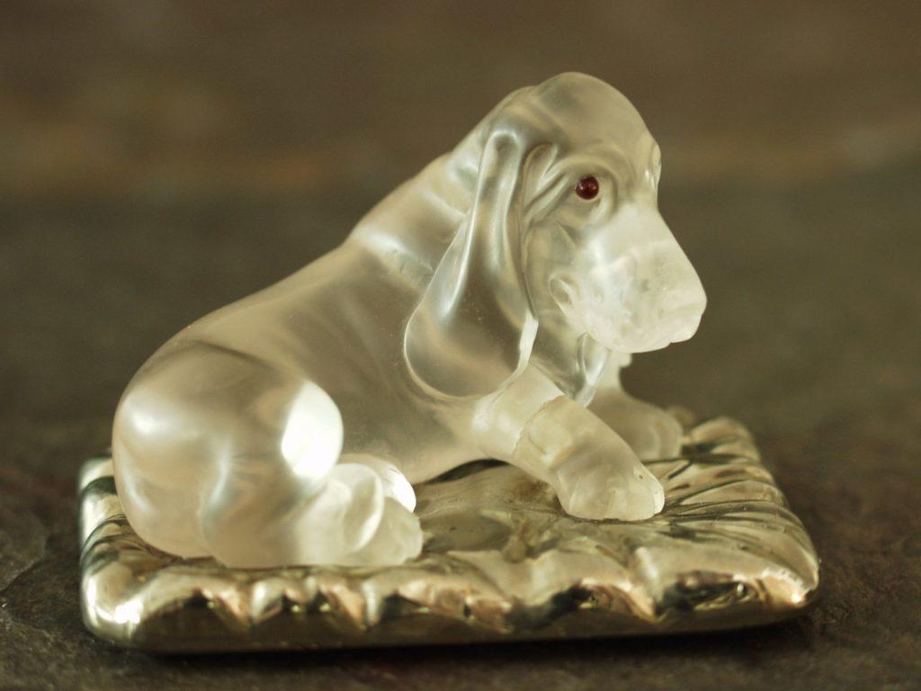 Rock crystal carving artwork Basset by Dmitriy Emelyanenko