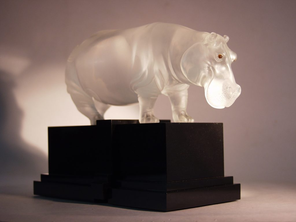 Rock crystal carving artwork Hippo by stone carver Dmitriy Emelyanenko