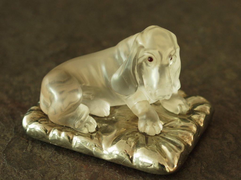 Rock crystal carving work Basset by Dmitriy Emelyanenko