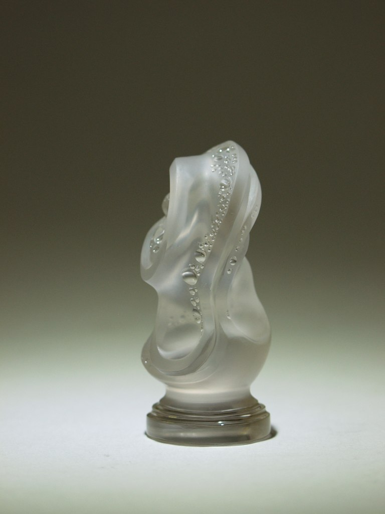 Rock crystal carving work Stamp left by gemcutter Dmitriy Emelyanenko