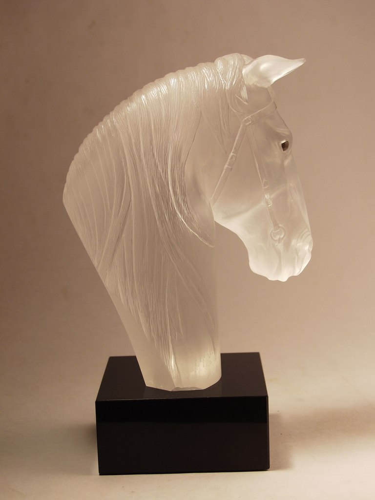 Rock crystal cutting work Horse head by gemcutter Dmitriy Emelyanenko