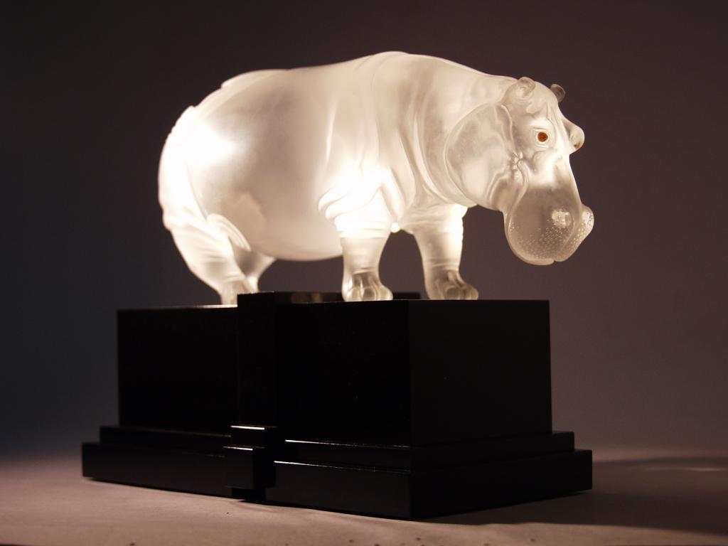 Stone carving work Hippo by stone carver artist Dmitriy Emelyanenko