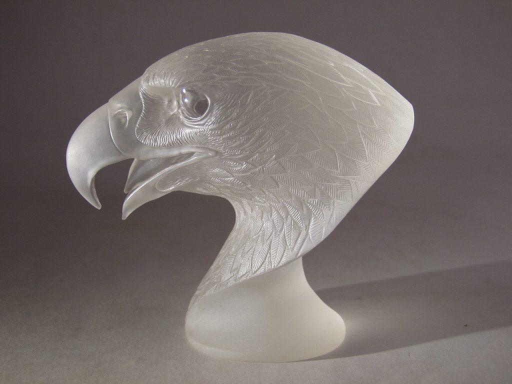 Transparent quartz cutting work Falcon by artist Dmitriy Emelyanenko